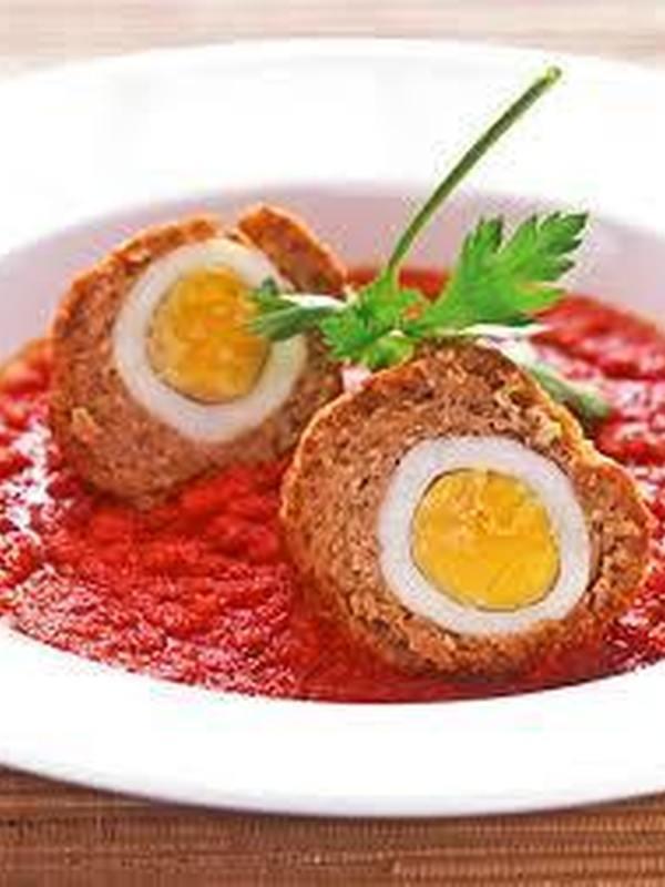 VOGELNESTJES in tomatensaus  € 6.95 / KG